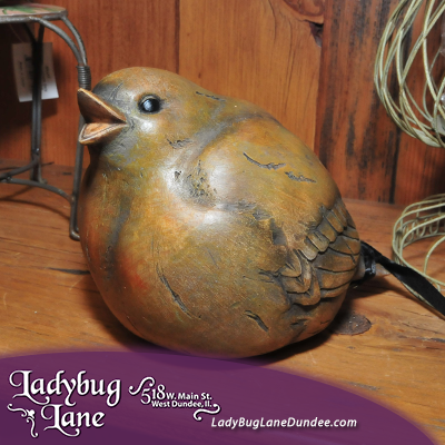 Chubby bird figurine